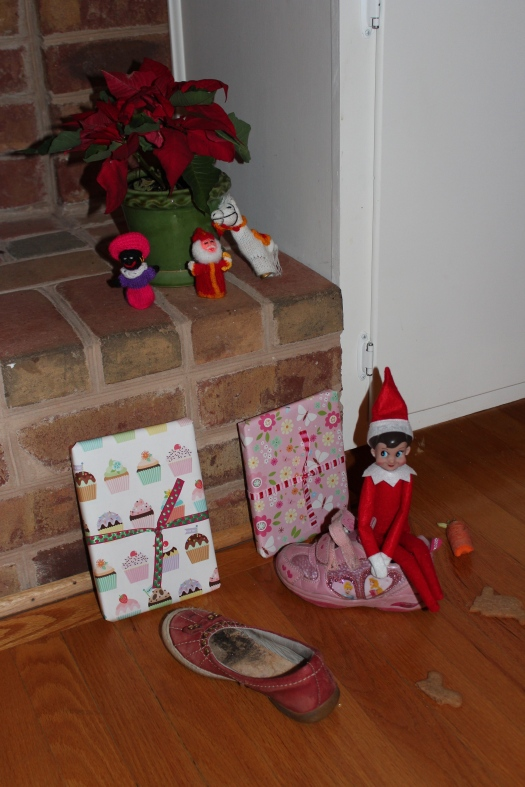 Belgian tradition meets American tradition as Elf on the Shelf joins in.
