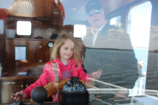 and first mate Edie.
