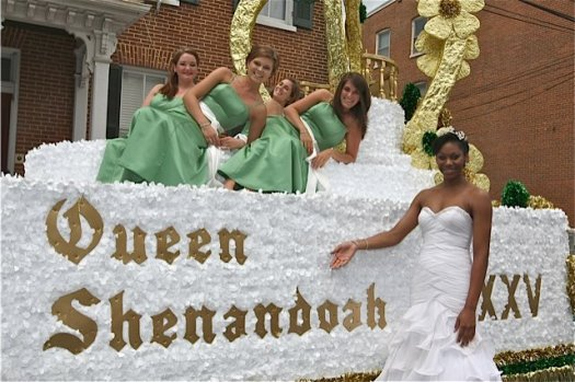 Last year's Queen with her float.