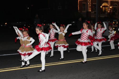 These little girls were toe-tappingly terrific.
